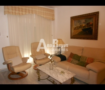 Alquiler de cómodo apartamento en el pueblo para 6 personas